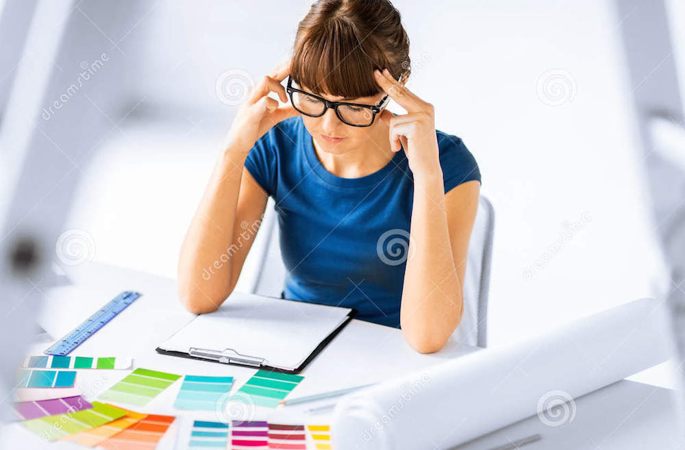 foto en stock mujer diseñadora