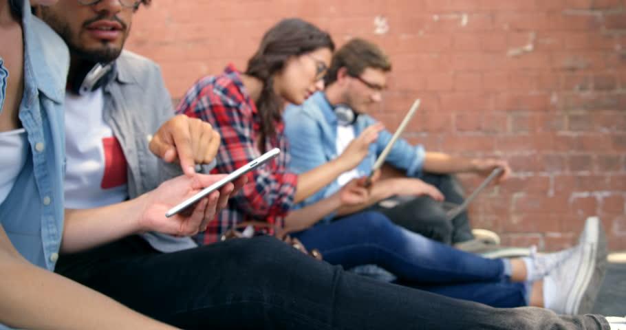 Campañas publicitarias interrupen el uso de dispositivos móviles